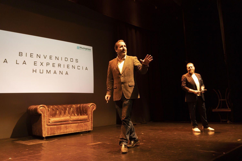 humanos en la oficina eventos y conferencias