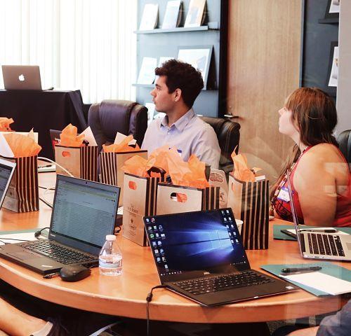 Sesiones de Asesoramiento en Comunicación y marketing Humano_opt